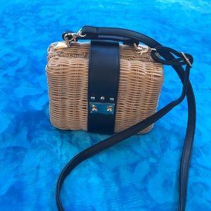 Imitation straw purse